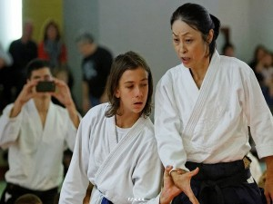 28.09.2013 | Guillaume joue le rôle de Uke pour Yoko Okamoto San 6e Dan Aikikai qui a son dojo à Kyoto, Japon.